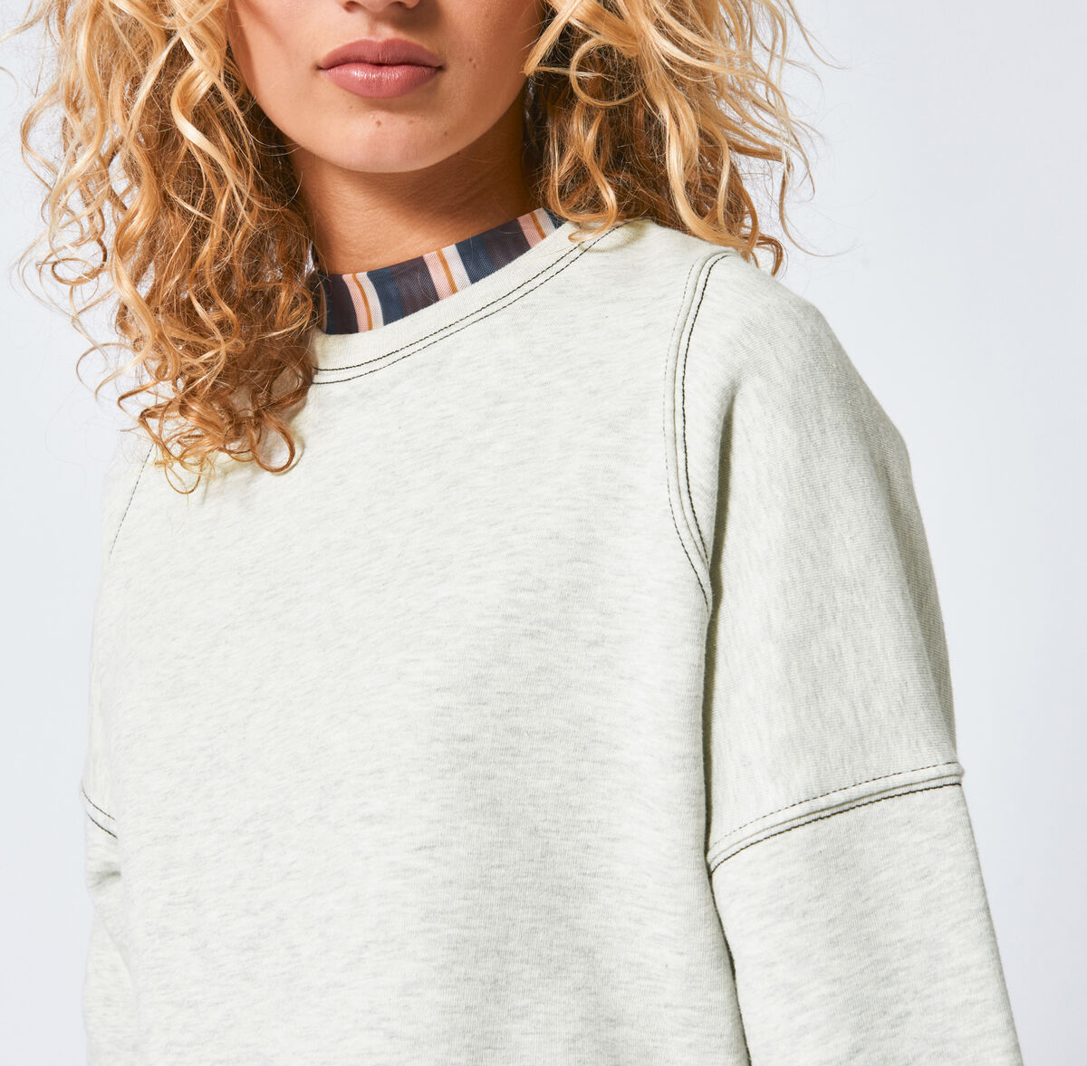 Sweater Sill