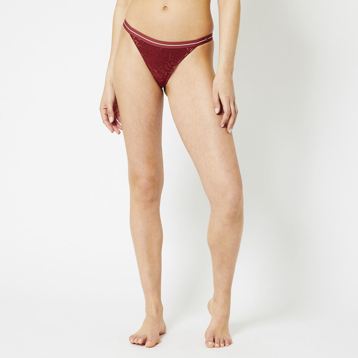 Thong Veronica Bottom
