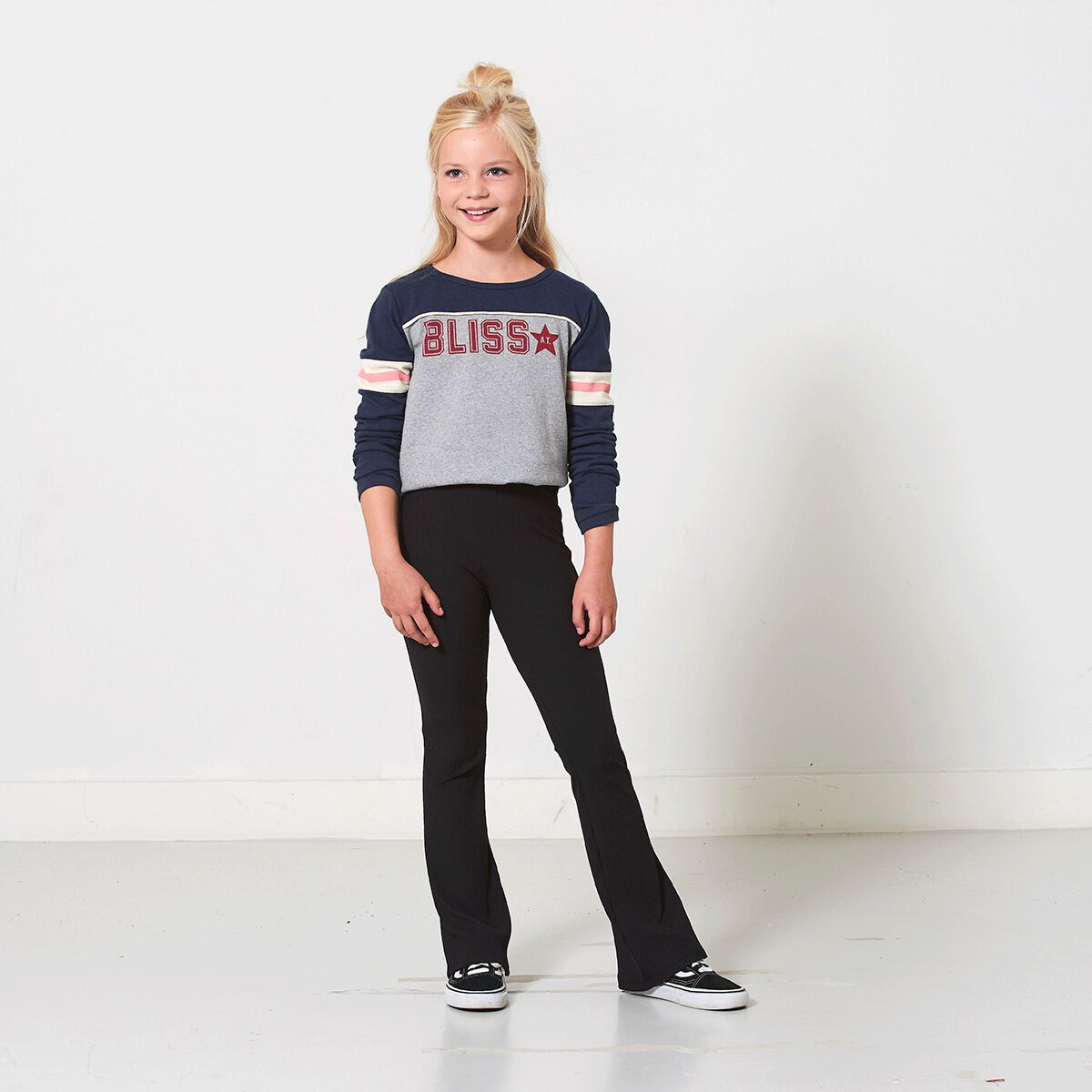 3aa9faaceefdf Girls Legging flared Lori Black Buy Online