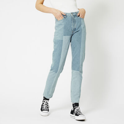 Straight leg jeans high waist
