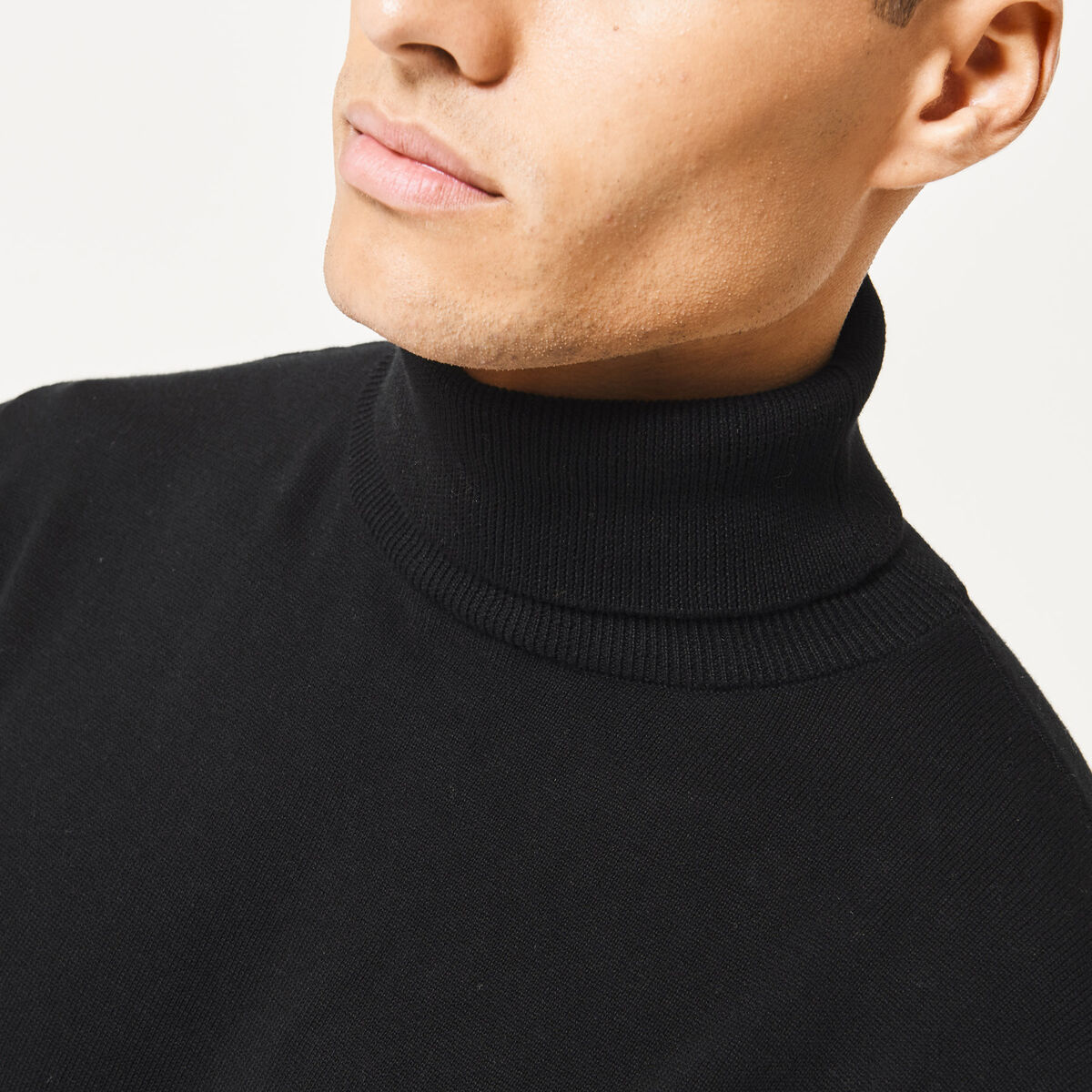 Turtleneck Knox