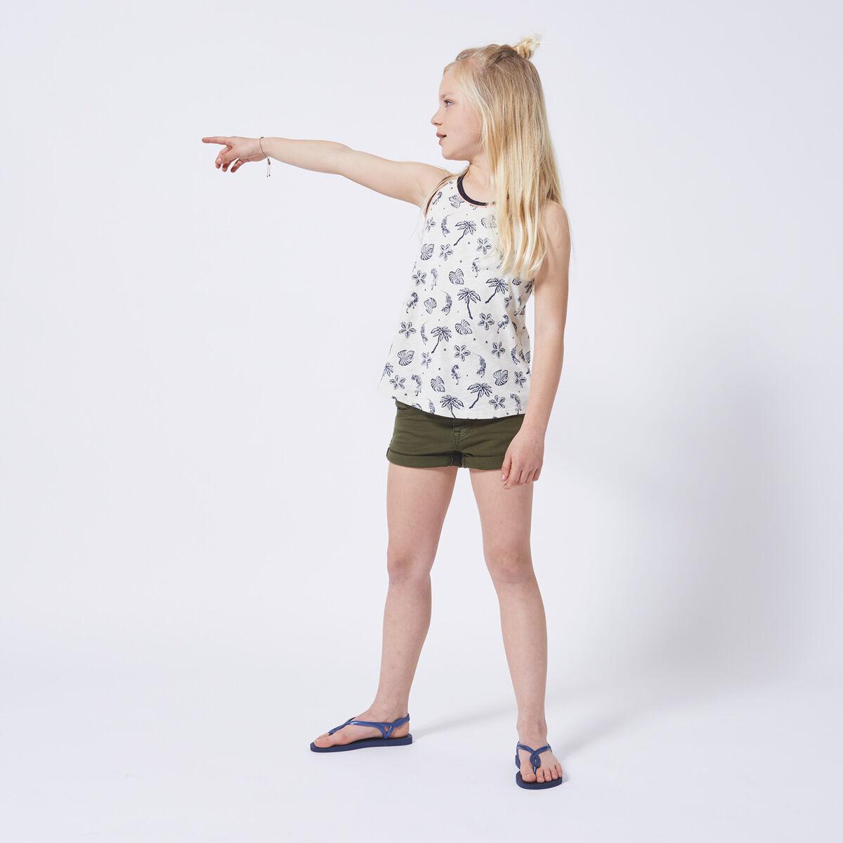 Short Noelle Jr