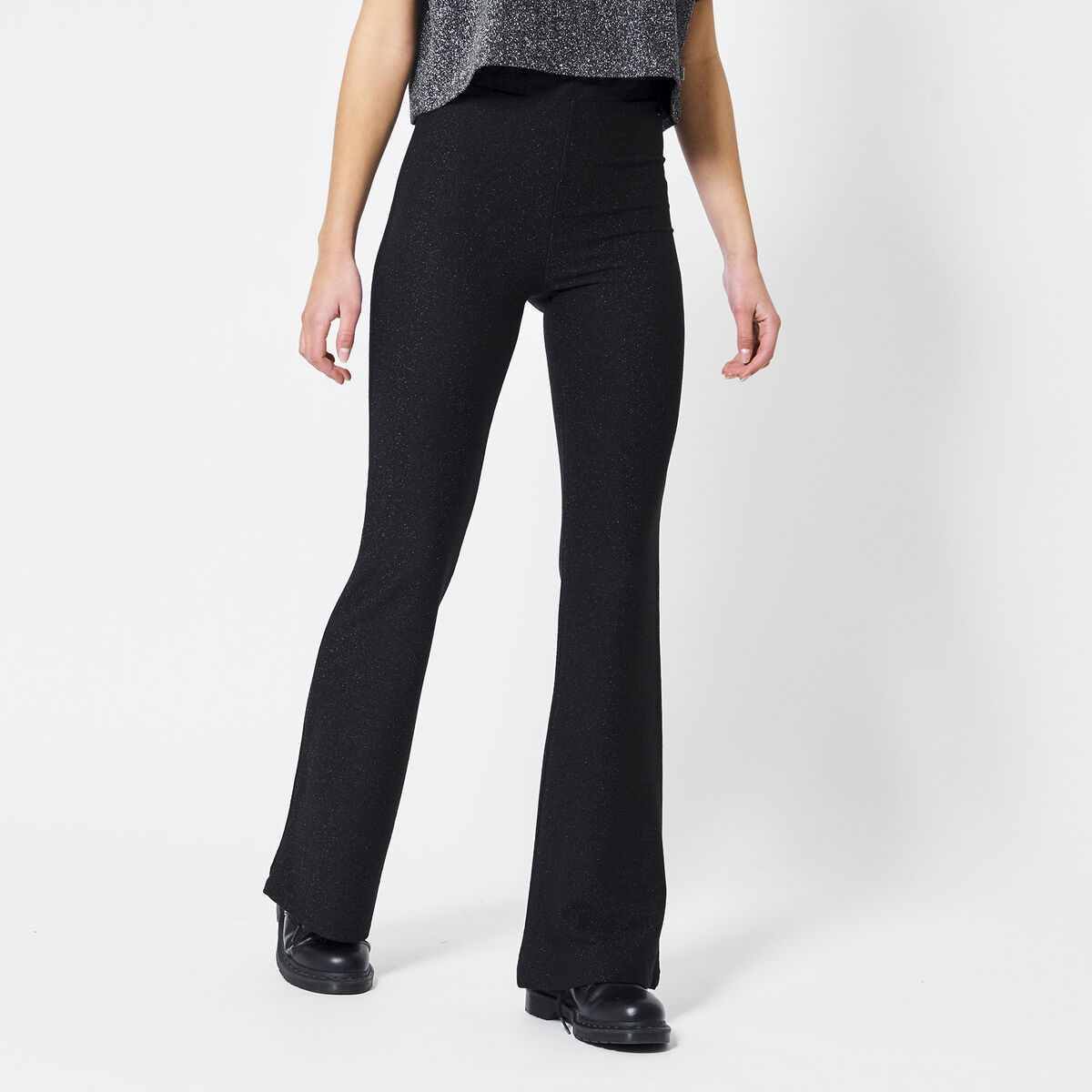 Flared pants Cindy solid Shorty