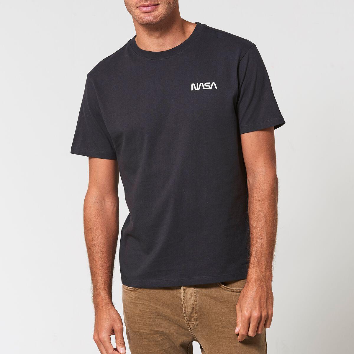 e406a36829 Men T-shirt Edgar Black Buy Online   America Today