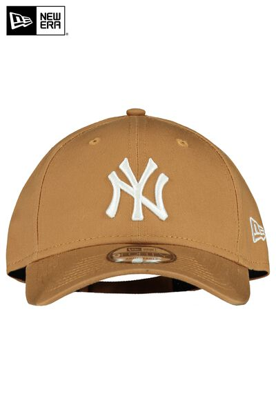 New Era Pet 940 adjustable
