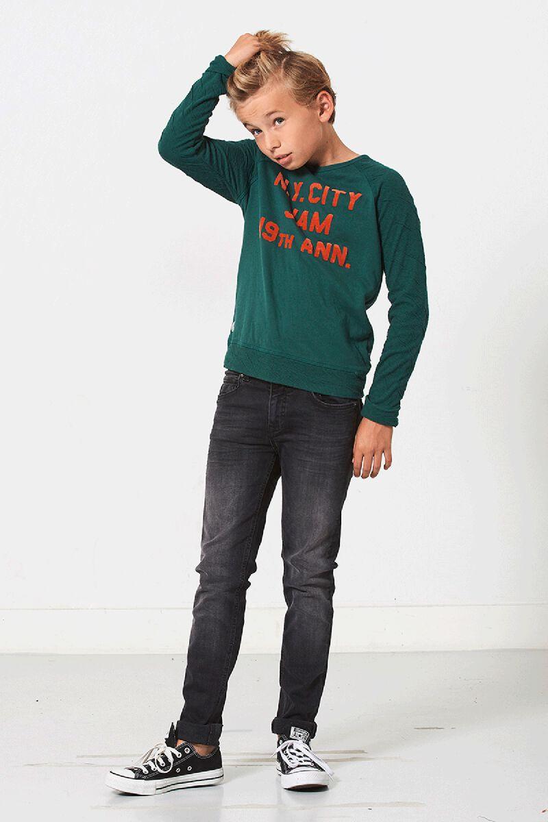 Sweater Loyd Jr.
