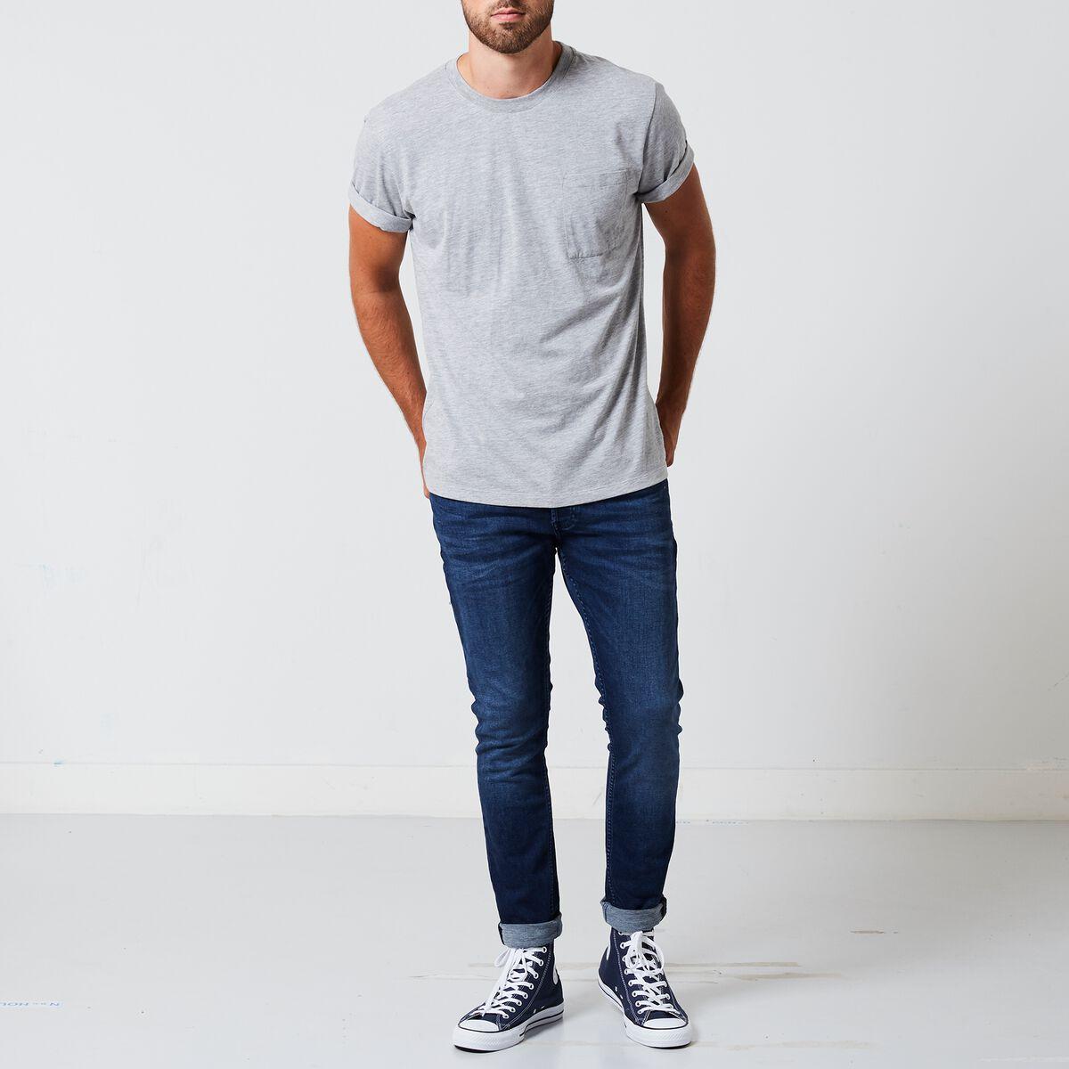 53903ee0 Men T-shirt Enzo Grey Buy Online | America Today