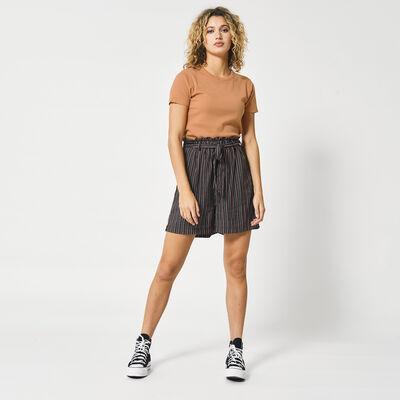 Short Nicole