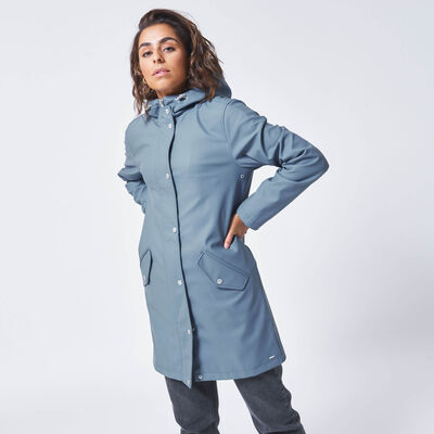 Rain jacket made of recycled polyester with hood