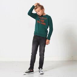 Sweater Loyd.