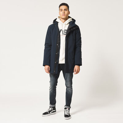 Doublé veste  à capuche réalisé en polaire