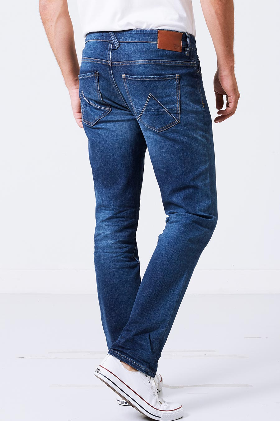 dean Jeans alt