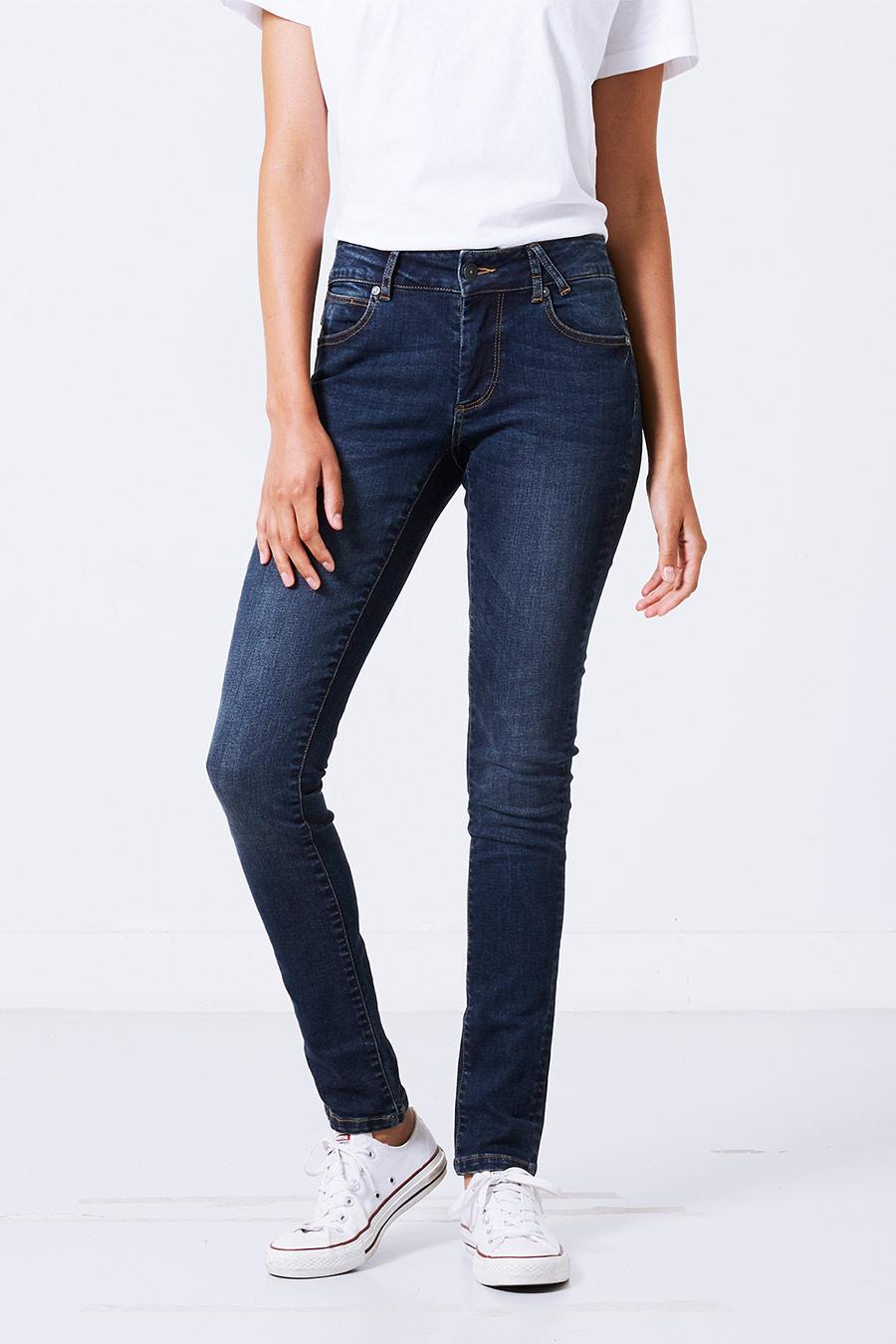 Jane women Jeans