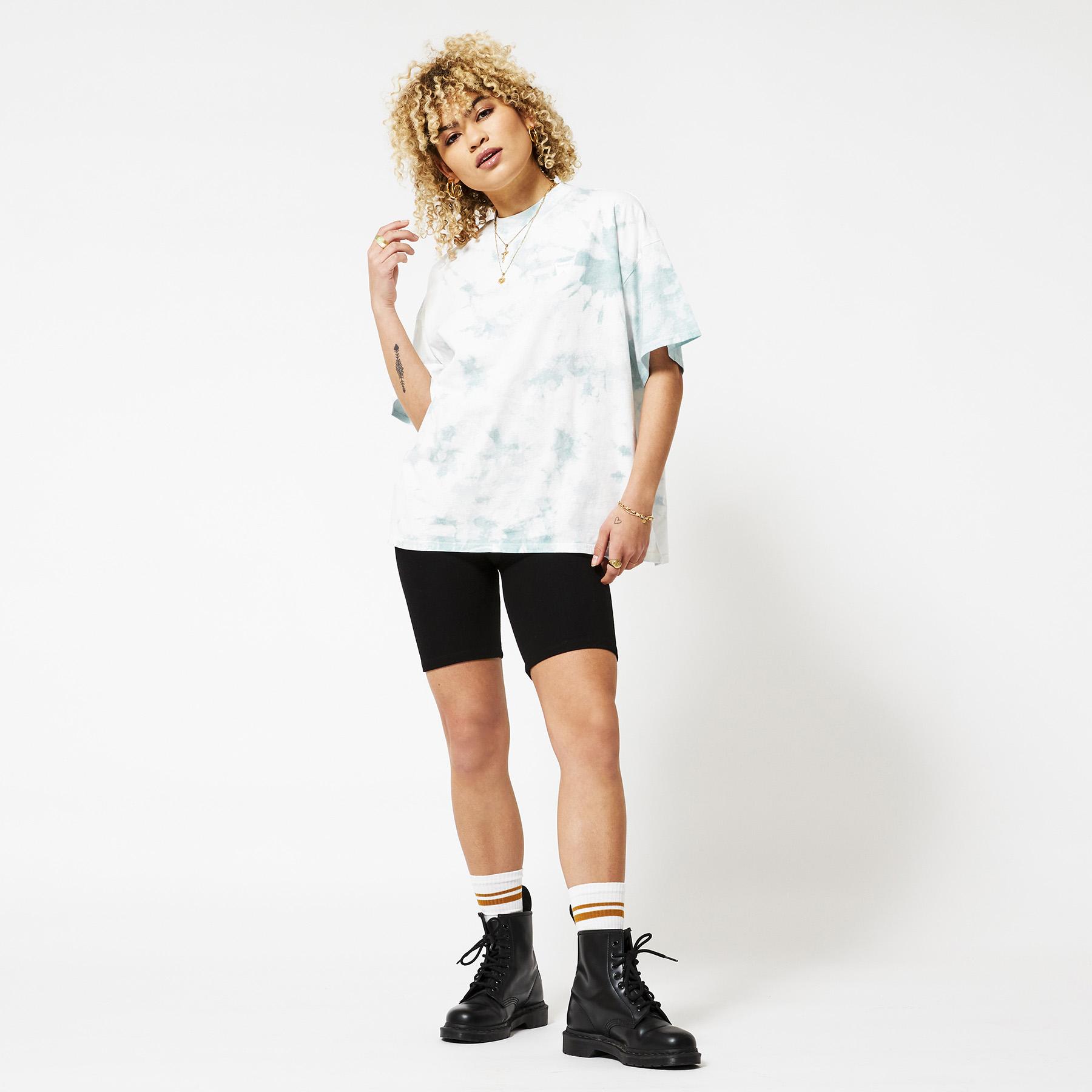 T-shirt High neck girlfriend